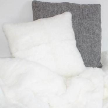 Coussin en peau de Lapin blanc