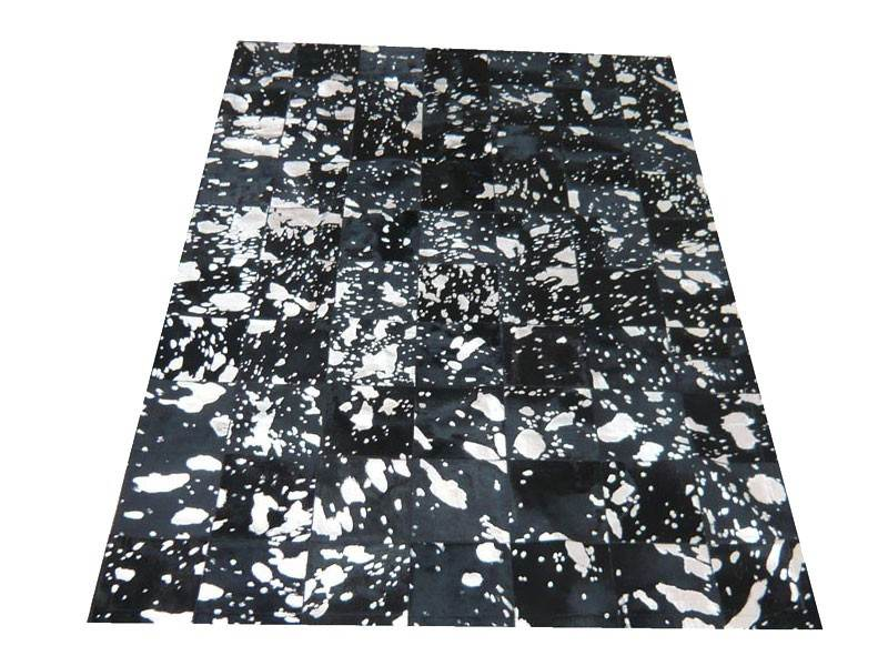 tapis peau de vache patchwork maison design. Black Bedroom Furniture Sets. Home Design Ideas