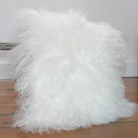 peaux de moutons et peaux d 39 agneaux vente en ligne de peaux de moutons blanches et de couleur. Black Bedroom Furniture Sets. Home Design Ideas